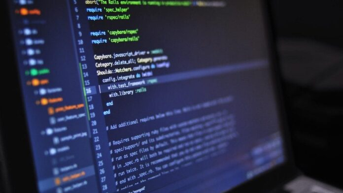 What is Bespoke Software?- Definition, Uses, Features and More
